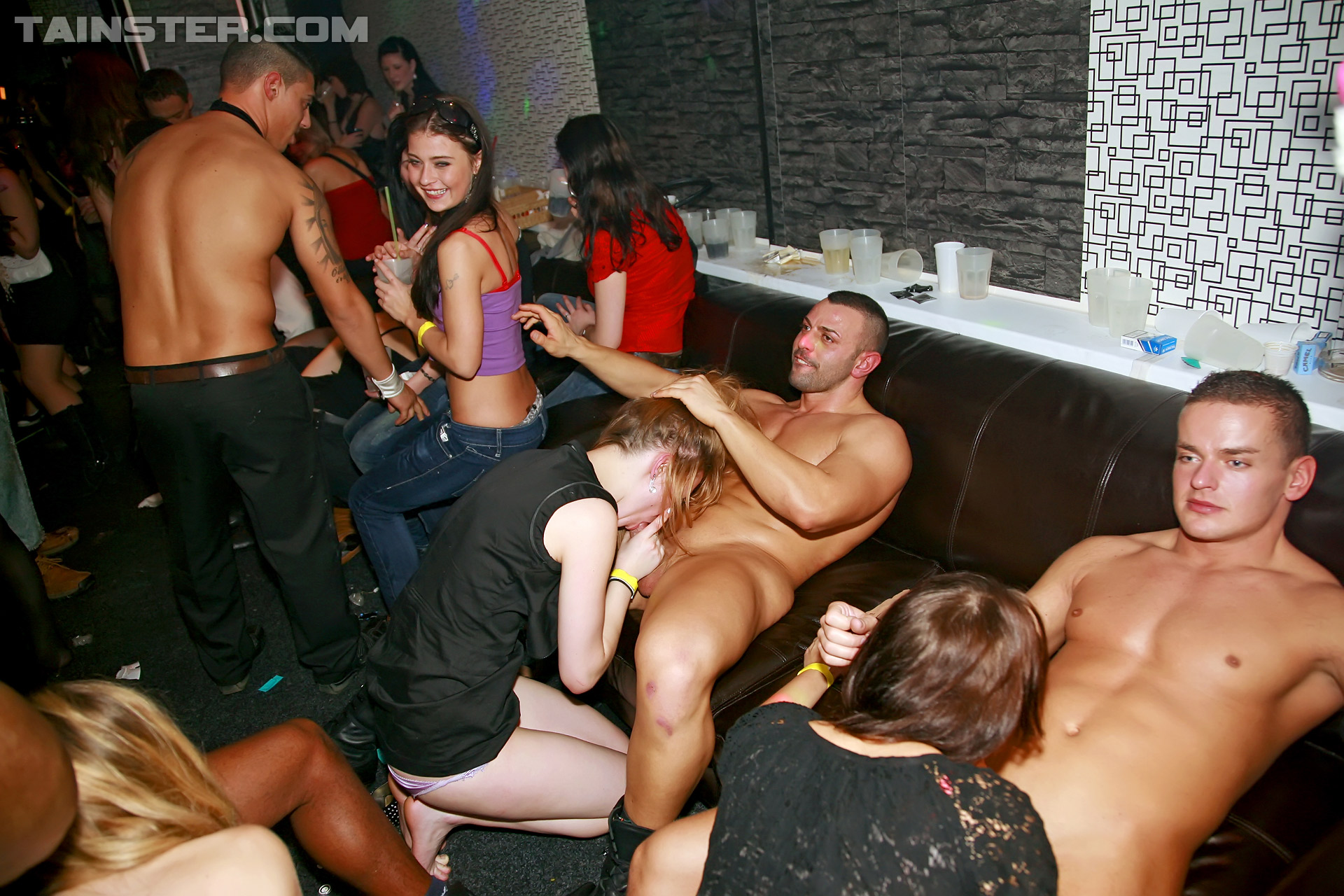 nude blow job party